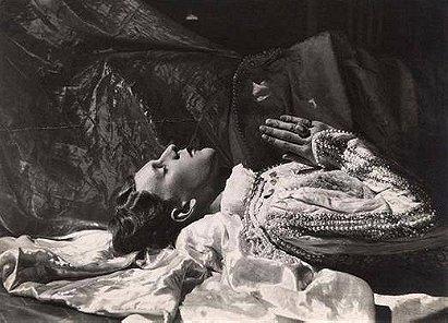 Cecil Beaton: Stephen Tennant as Prince Charming (1927)
