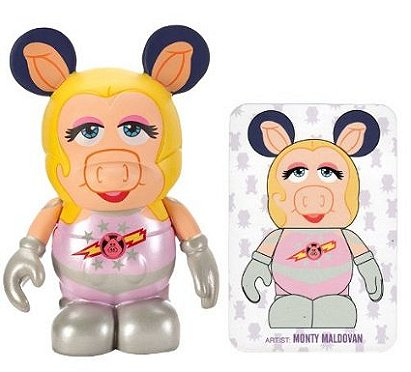 The Muppets Vinylmation Series 2: First Mate Piggy