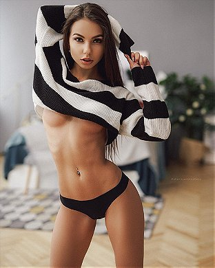 Russian sexy babes hot Sexy Russian