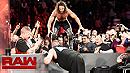 Seth Rollins vs. Kevin Owens (WWE, Raw 11/21/16)