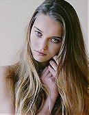 Claire de Jong