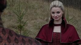 Red Queen / Anastasia Tremaine