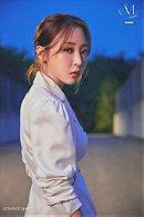 Moon Byul Yi