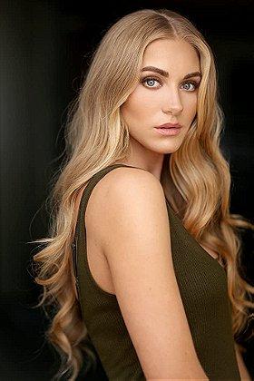 Jessica Sipos Born