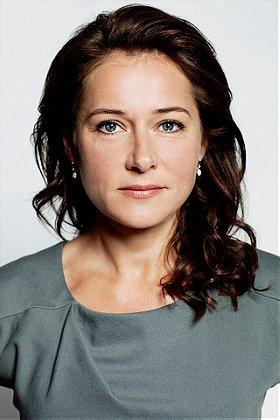 Sidse Babett Knudsen She is an actress and producer, known for правительство (2010), мир дикого запада (2016) and ин. sidse babett knudsen