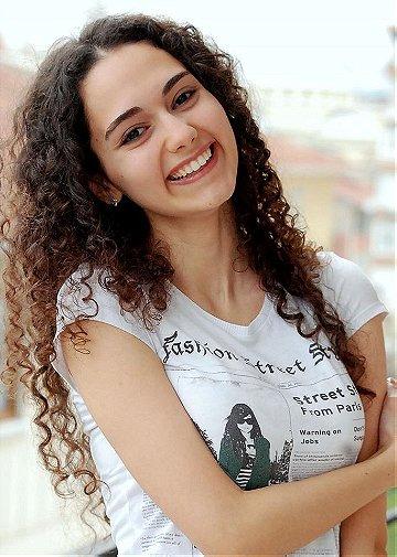 Umay Anadolu Kabaoglu
