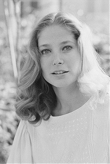 Deborah Raffin